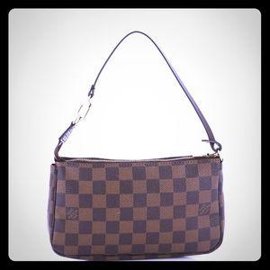 🔥Authentic Louis Vuitton Pochette Accessories 🔥